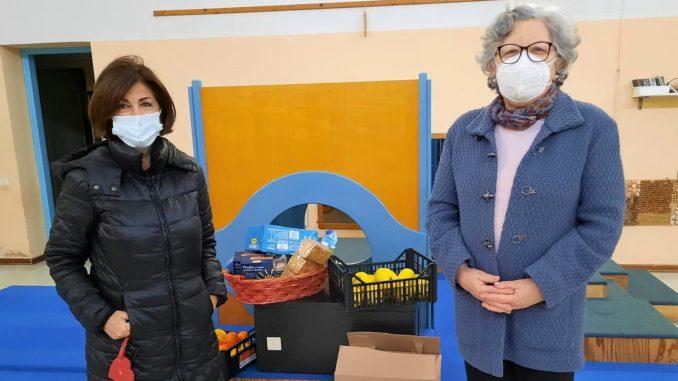 Polis e Rete Lilliput donano pacchi alimentari alla Caritas per le famiglie bisognose di Deruta