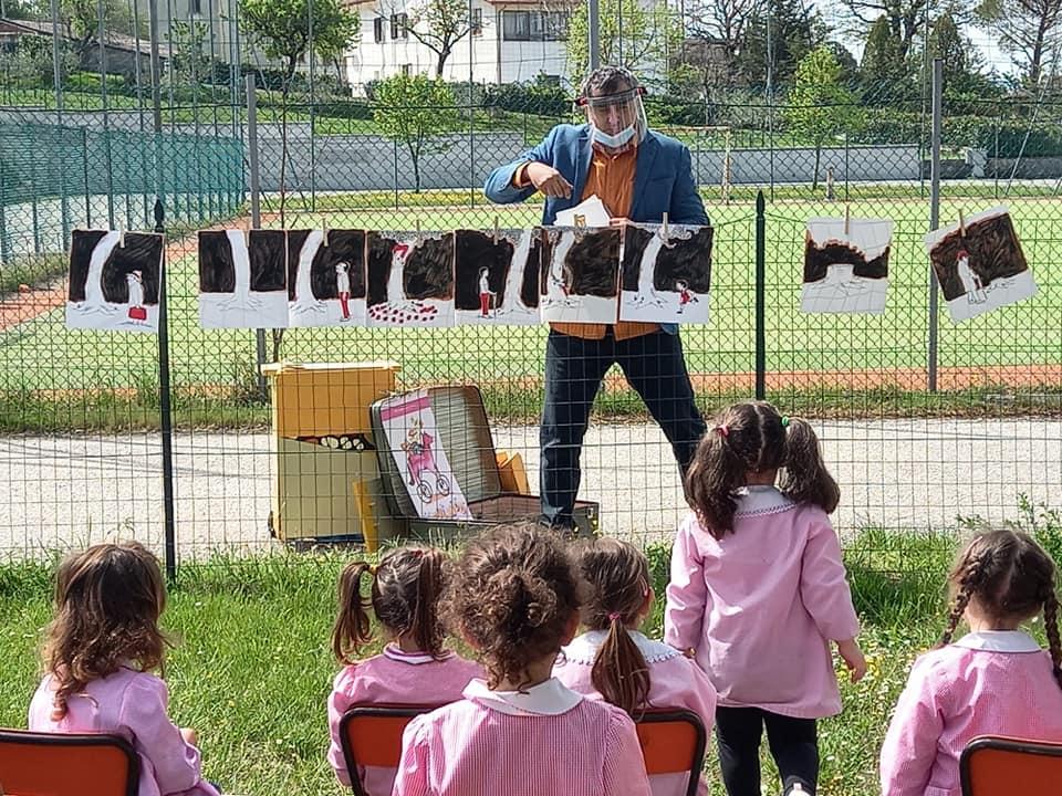 """""""Storie sospese"""", Polis rilancia il progetto di teatro all'aperto per i bambini della scuola dell'infanzia"""